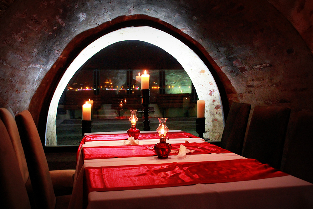 kiz-kulesi-restaurant1545740517