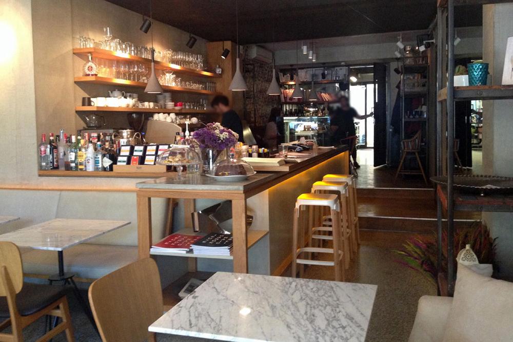 molka-cafe-bistro1545902760