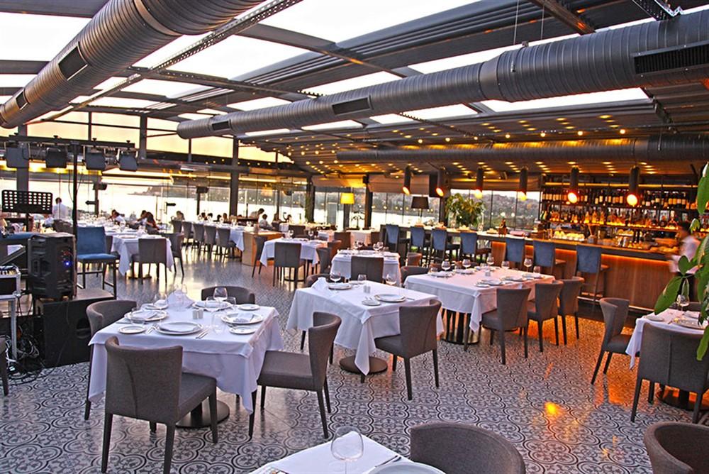 Ouzo-Roof-Restaurant