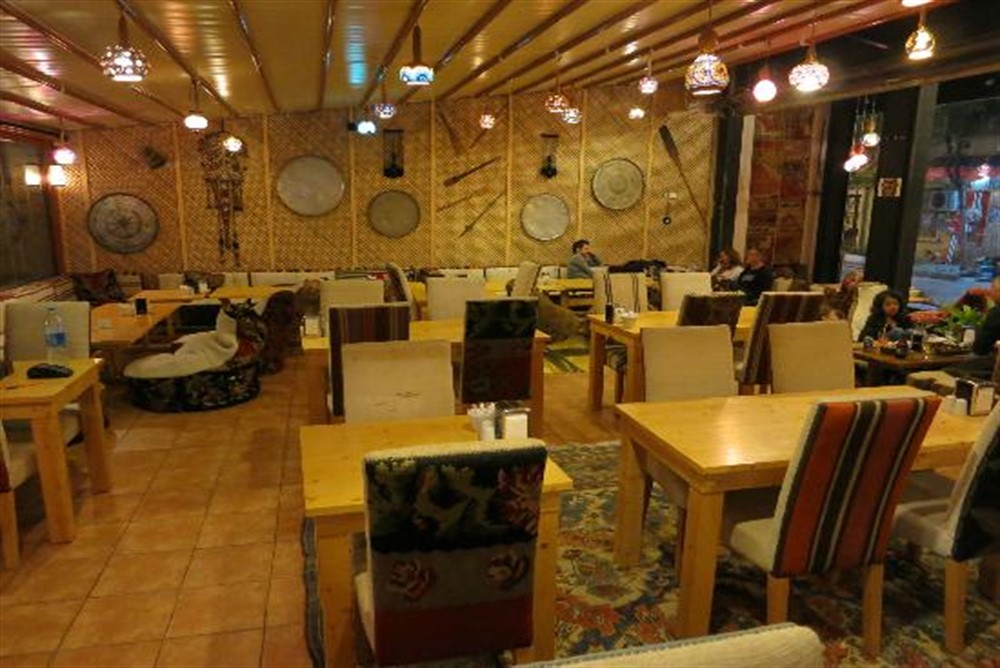 Palatium-Cafe-&-Restaurant