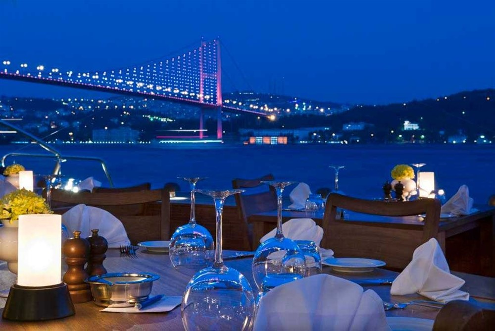 Radisson-Blu-Bosphorus-Hotel-Istanbul