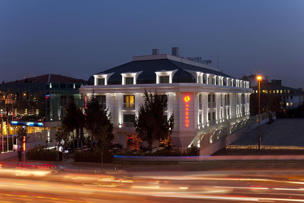 ramada-asia-hotel1545037200