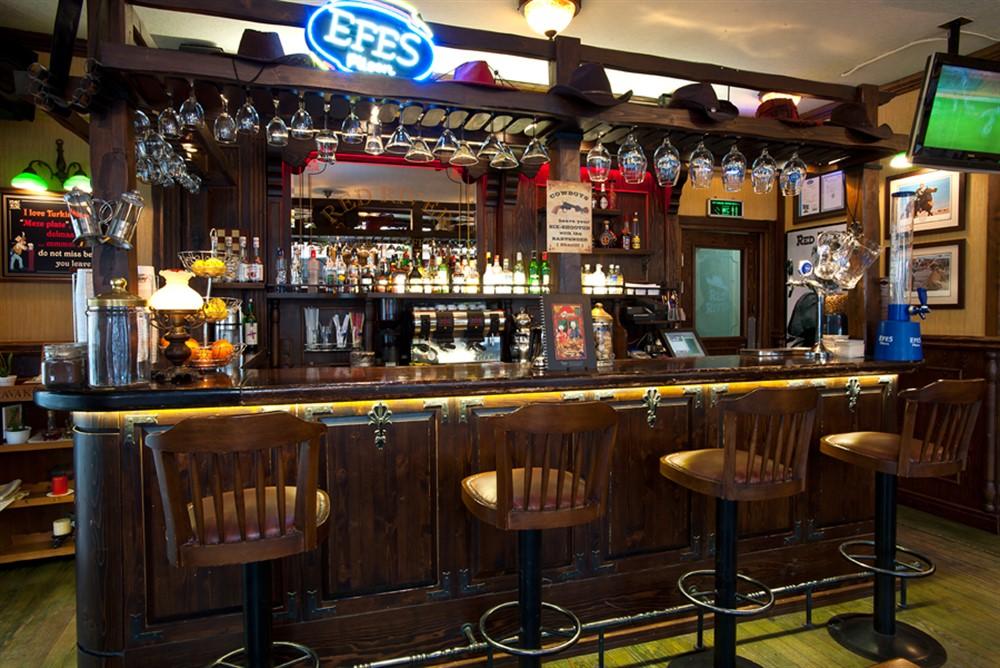 Red-River-Pub